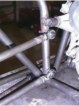 Rear links mounted to the frame